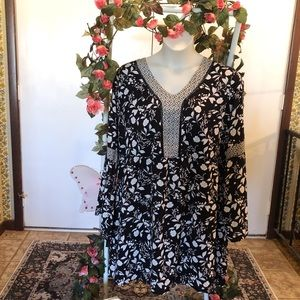 Maurice's Black Floral Bell sleeve Dress 2X